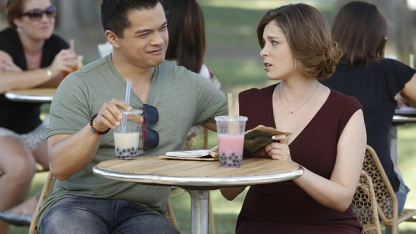 """Crazy Ex-Girlfriend -- """"Josh and I Are Good People!""""-- Image Number: CEG105a_0352.jpg -- Pictured (L-R): Vincent Rodriguez III as Josh and Rachel Bloom as Rebecca -- Photo: Greg Gayne/The CW -- © 2015 The CW Network, LLC. All rights reserved."""